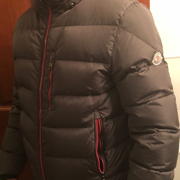 Men's charcoal moncler gres utility down jacket